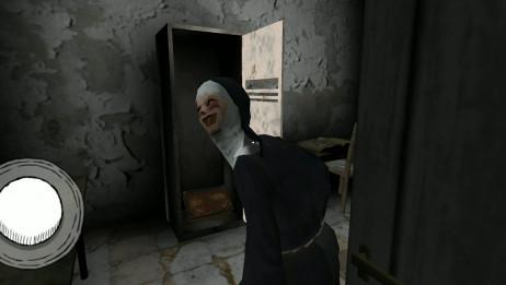 [ evilnun鬼修女2]修女脑袋被我用门夹上了