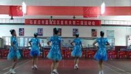 漫步飞扬排舞原创《美美哒》正反面附分解_广场舞视频在线观看  糖豆网