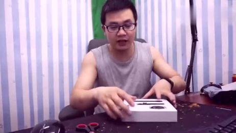 1399元的斐讯W2智能手表开箱,上手很一般!