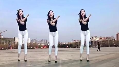 2019广场舞,气质小姐姐户外舞蹈,舞态美妙动人