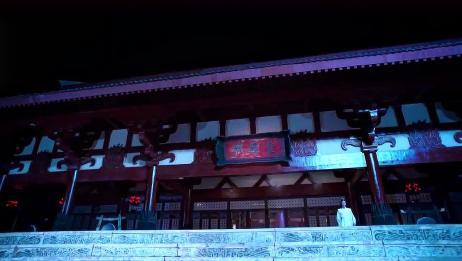 《陈情令》肖战和王一博约好的么半夜还在屋顶聊天,蓝湛别惯他