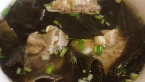 海带排骨汤怎么炖好喝,教你简单小技巧,营养美味超好喝