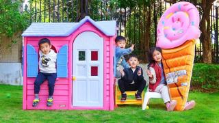 萌娃枫枫在超大玩具房子里卖冰激淋给吃姐姐吃