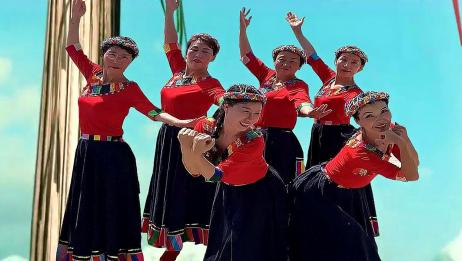 藏族舞《我的九寨》超棒的6人团队,动作整齐优美干净利落