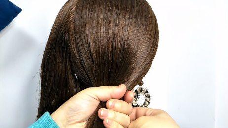 及简单的一款日常扎发,发型手笨也能一看就会,百搭还大方