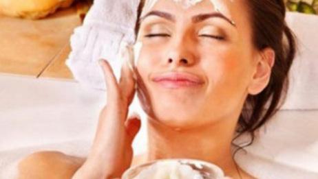 去美容院做面膜又贵又耗时,教你几分钟自制美白嫩肤面膜
