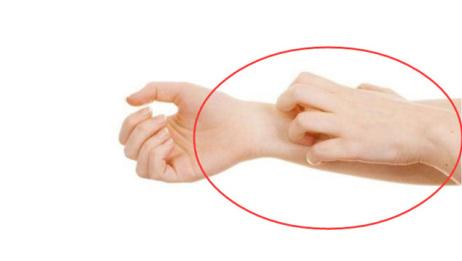 不论男女,只要身体出现这2个症状,说明体内湿气太重了