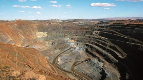 世界最大露天铜矿场:却是由废渣堆砌,并在太空中能清晰的见到!