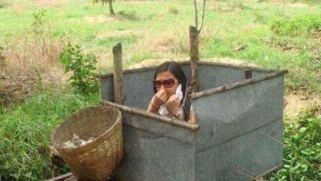 印度都是露天厕所,那里女生怎么保护隐私?网友:看完有点害羞!