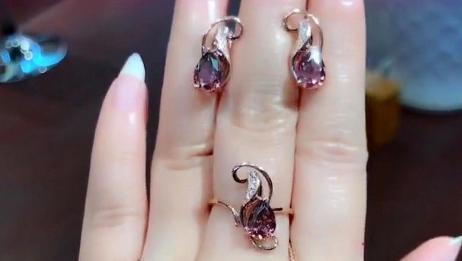 结婚时老公没给我买钻戒,就给我一套紫水晶首饰,真是对我太好了