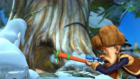 熊出没:光头强拿枪是摆设啊,这也打不中狗熊,还不如不拿