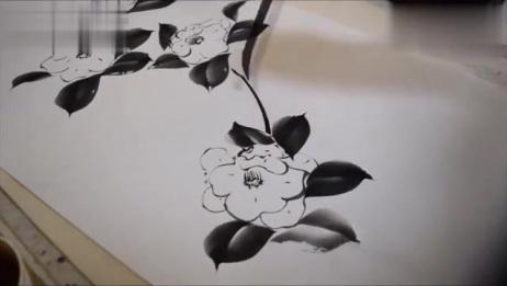 一幅美丽的山茶花亮点在如何画花叶
