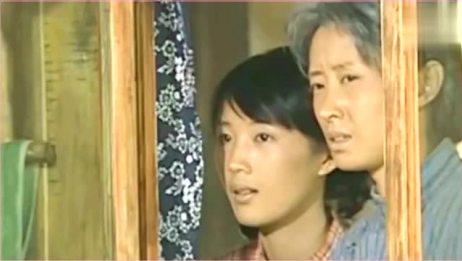 有人想娶凤霞,没想到福贵找来二喜直接把他扔了出去,霸气