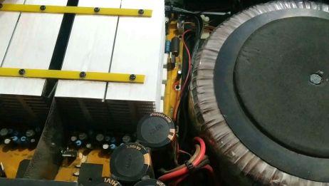专业功放机开机不通电,检测出是启动电阻损坏
