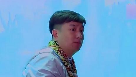 黄磊为孙红雷扮成人鱼,雷雷却有一种难以诉说的观感