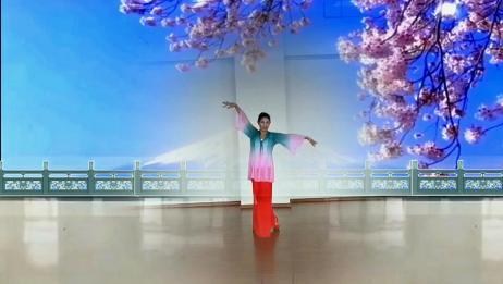 学习网红舞蹈《月满西楼》