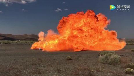 老外尝试用巴雷特射击燃气罐,结局一定很震撼!