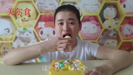 试吃HelloKitty棉花糖, 超级可爱的棉花糖, 突然有点不舍的吃
