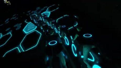 """上海迪士尼度假区""""创极速光轮""""效果图视频"""