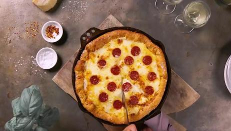 教大家快速自制比萨饼的家常做法,这样做简单美味又好吃