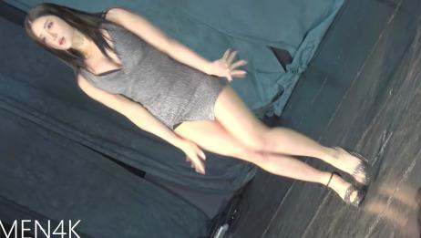 【4KGirl Crush普美竖屏热舞】韩国女团成员BOMI普美大胸性感诱惑大长腿身材热舞