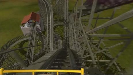 第一视角木轨过山车体验,速度这么快好担心会散架!