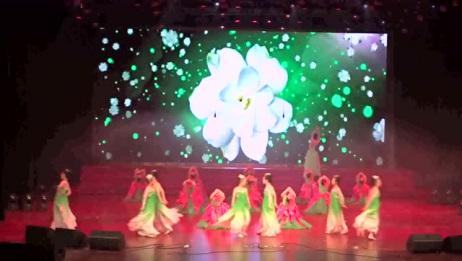 省泰中元旦晚会1.开场舞《盛世茉莉》校舞蹈队表演