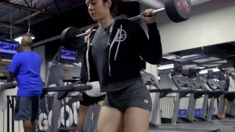 女子健身训练,这身材太棒了!