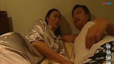 趁老婆睡着,老公偷偷溜进闺蜜的房间,真是禽兽不如