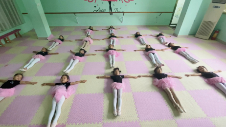 少儿舞蹈基本功练习,吸伸腿组合,都是长长的美腿