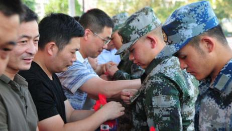 若想当兵,大学毕业后与在读期间入伍有什么区别?