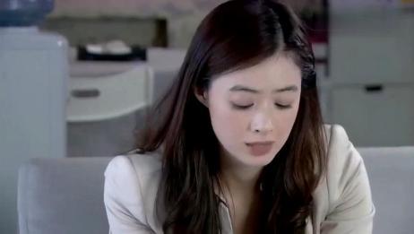 新闺蜜时代:王媛感谢万婕,万婕却笑了出来:感谢你的凶器吧