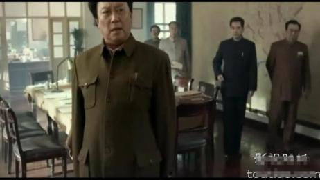 毛主席限时让外国军舰撤离中国水域,不服就打
