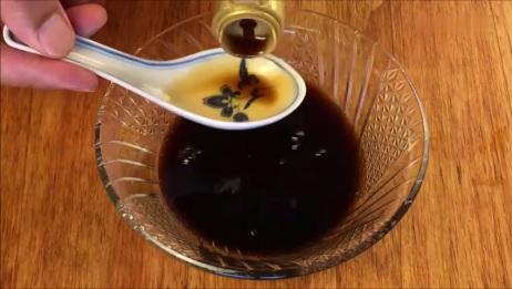 老北京三合油香椿拌面:简单的美味,瞬间又回忆起,原来那是奶奶的味道