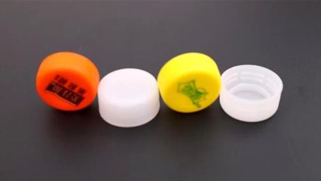 卖废品是,家里的塑料瓶盖记得要留下来,放在厨房收纳插头太棒了