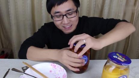 试吃小时候的记忆美食黄桃罐头,绝对的儿时记忆