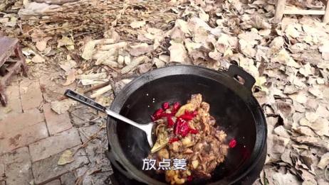 农村大娘做的鸡,你吃过么?老式做法,外地老板吃了都说好!