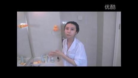 【小苹果】美女教你 卸妆疏通毛孔洁面预防粉刺和毛孔粗大问题!