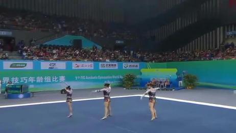 国内美女表演杂技体操,高难度动作引爆观众!