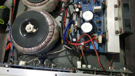 小功放通电连接音箱没声音,检测是功放部分损坏