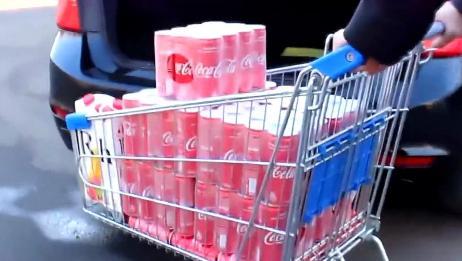外国小伙开宝马车,连压100罐可乐啥感觉?强迫症都给我治好了