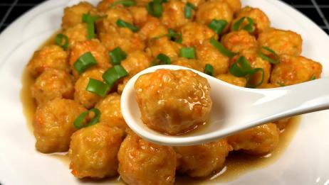 这么做的豆腐丸子才好吃,味道鲜美,咬一口满嘴香,太下饭了