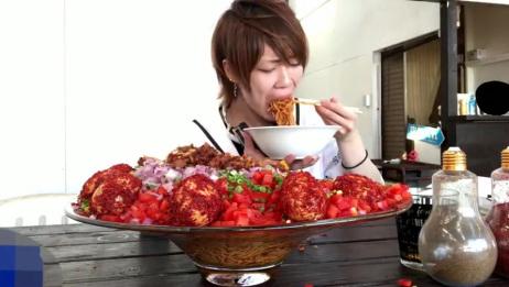 大胃王:吃12斤超辣的面条!日本小哥能吃话不多,看着太过瘾了