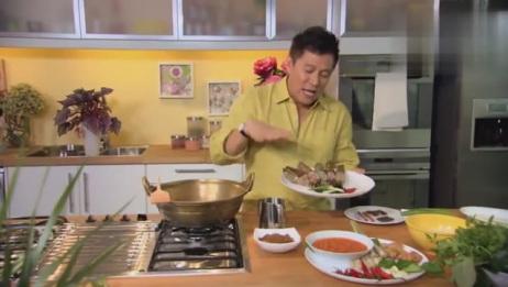 用200年的锅做菜是种什么体验终于知道为啥大厨都爱用旧锅了