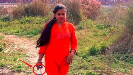 印度全是露天厕所,那当地女性该怎么上厕所?看完你就懂了