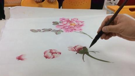 国画大师林坤英现场教学牡丹画法,跃然纸上,太传神了!