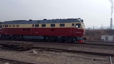 6029次列车进入隆化站换头