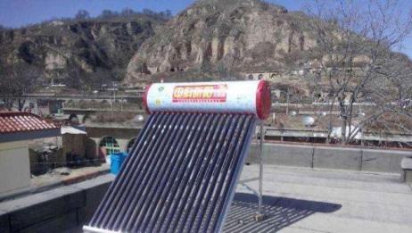 为什么现在农村很少见太阳能热水器了?百姓无奈道出其真实原因