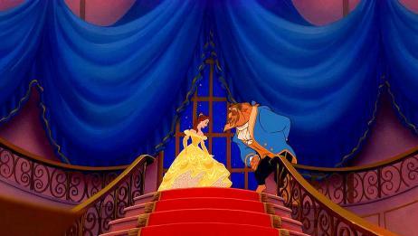 美女与野兽:贝儿穿上漂亮裙子,野兽也穿上礼服,茶煲太太唱起歌