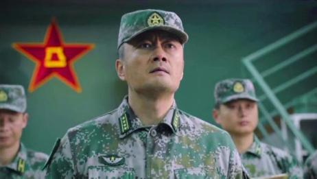 陆战之王:部队进行坦克载人空投,不料出现了意外,兵王反应太赞